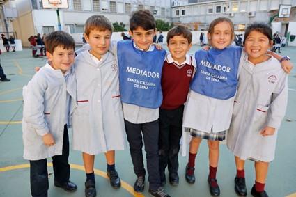 http://fundacioneducativafranciscocoll.es/wp-content/uploads/2019/04/Mediacion_Escolar.jpg